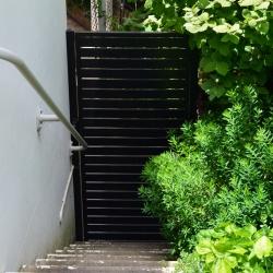 gate.12